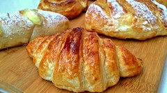 Secrets of Bakery Pastry sweets: Buns, Croissants & Schneck.